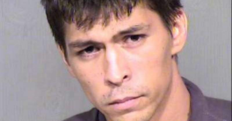 Человек арестован за то, что не хочет уходить из тюрьмы