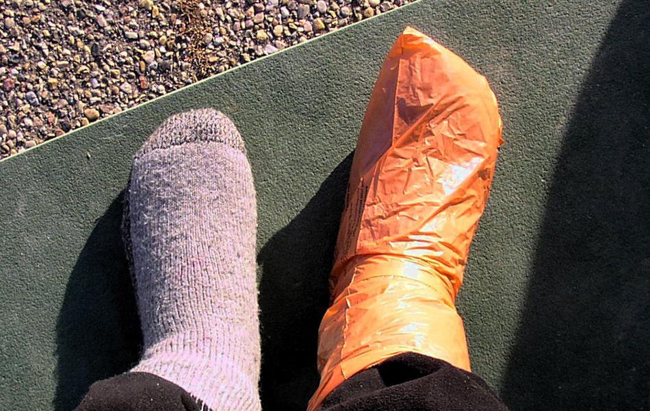 Не допускайте испарений на ваших ногах.
