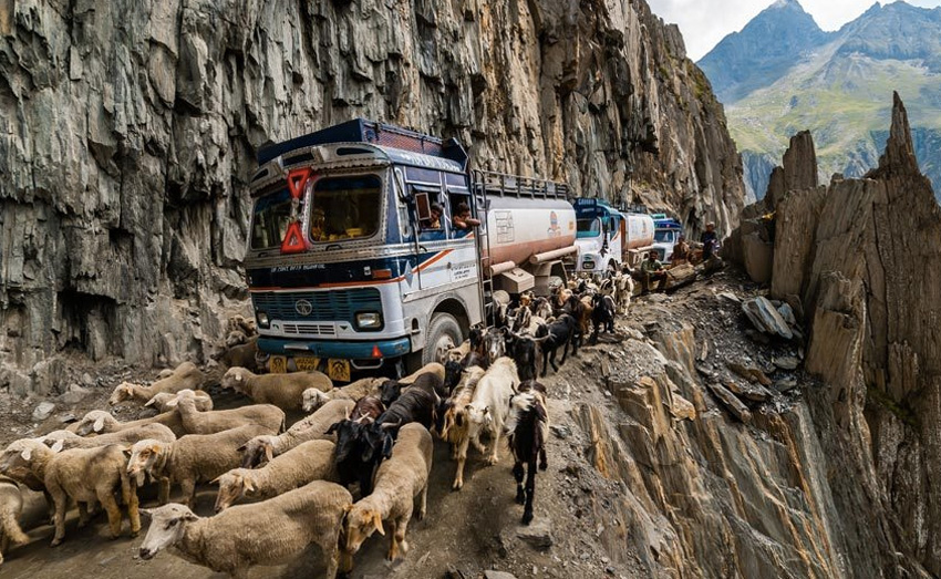 Zojila Pass, Индия