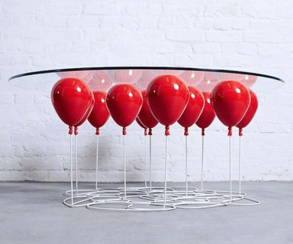 Невесомый столик