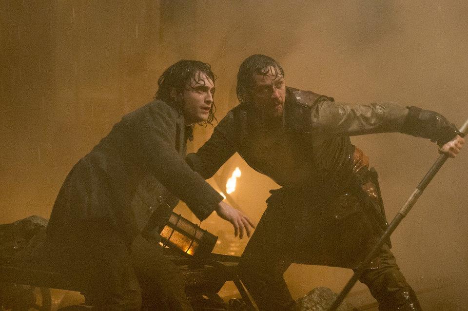 Исправление горба («Виктор Франкенштейн/ Victor Frankenstein», 2015)
