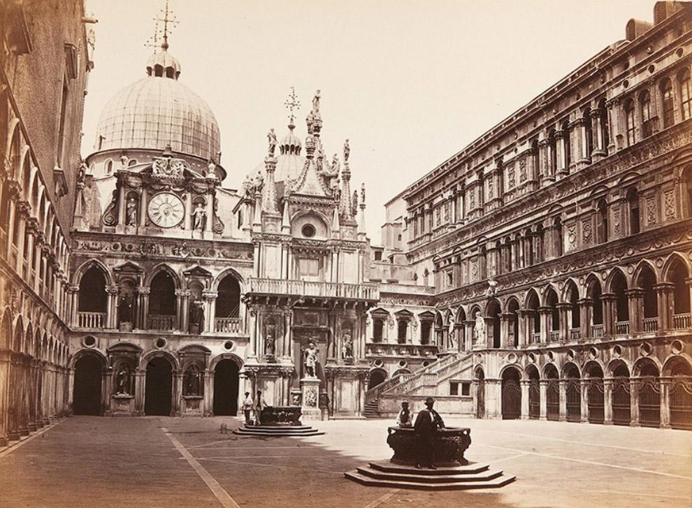 Вид на внутренний двор Дворца Дожей.