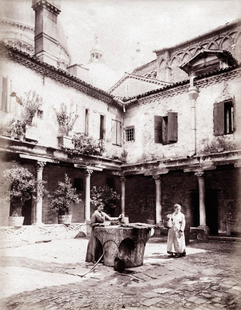 Двор Аббатства Сан Грегорио, 1870 год.