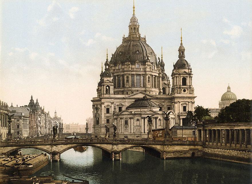Мост Фредерика и Берлинский собор.