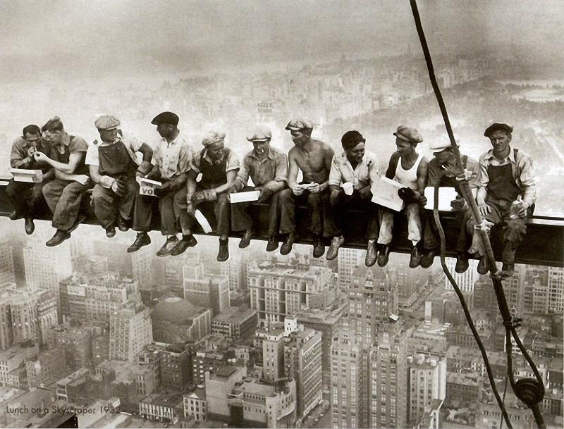 Головокружительные фотографии со строительства небоскребов Нью-Йорка