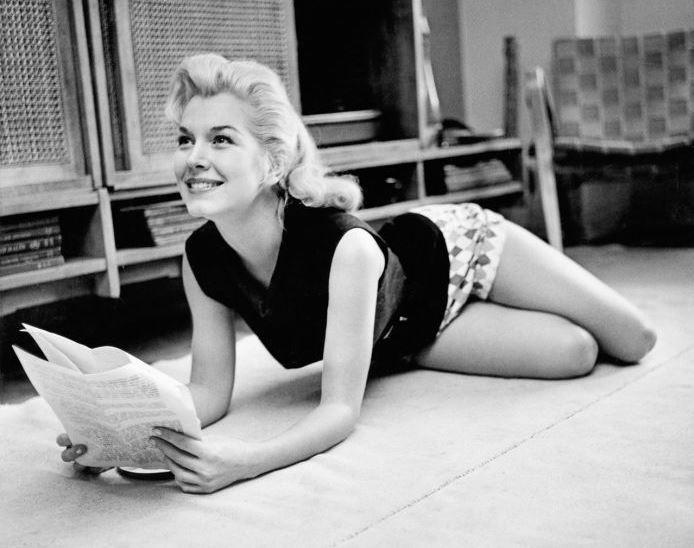 Очаровательные девушки с обложки Playboy 50-х