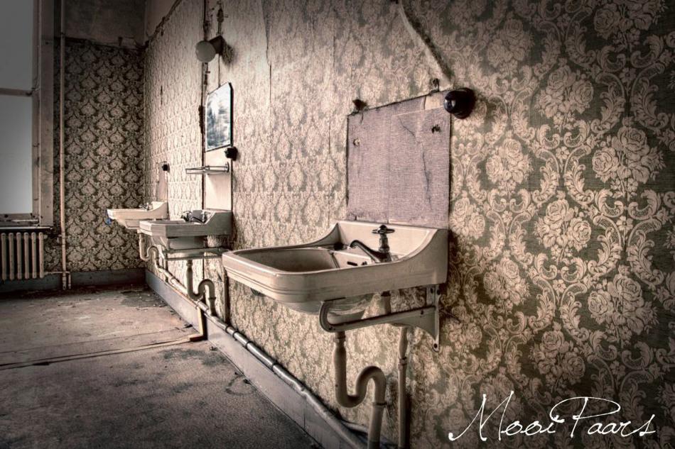 Заброшенная психиатрическая больница в Бельгии 3