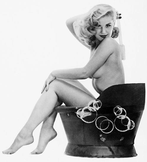 Margaret Scott, Мисс Апрель 1955.