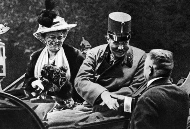 Эрцгерцог Франц Фердинанд в день своего убийства, ставшего поводом к началу Первой мировой войны.