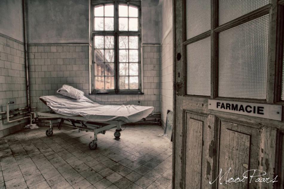 Заброшенная психиатрическая больница в Бельгии 2