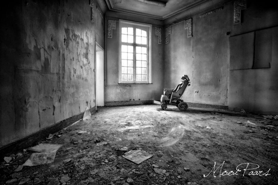 Заброшенная психиатрическая больница в Бельгии 4
