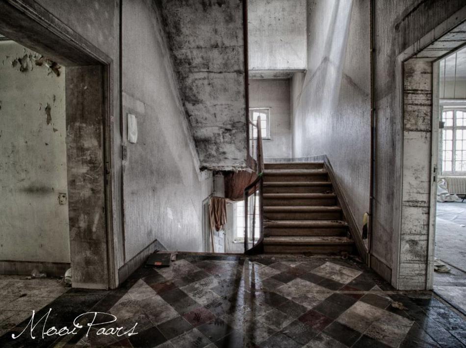 Заброшенная психиатрическая больница в Бельгии 5