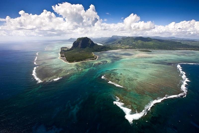 7-Удивительный подводный водопад - уникальная оптическая иллюзия на Маврикии