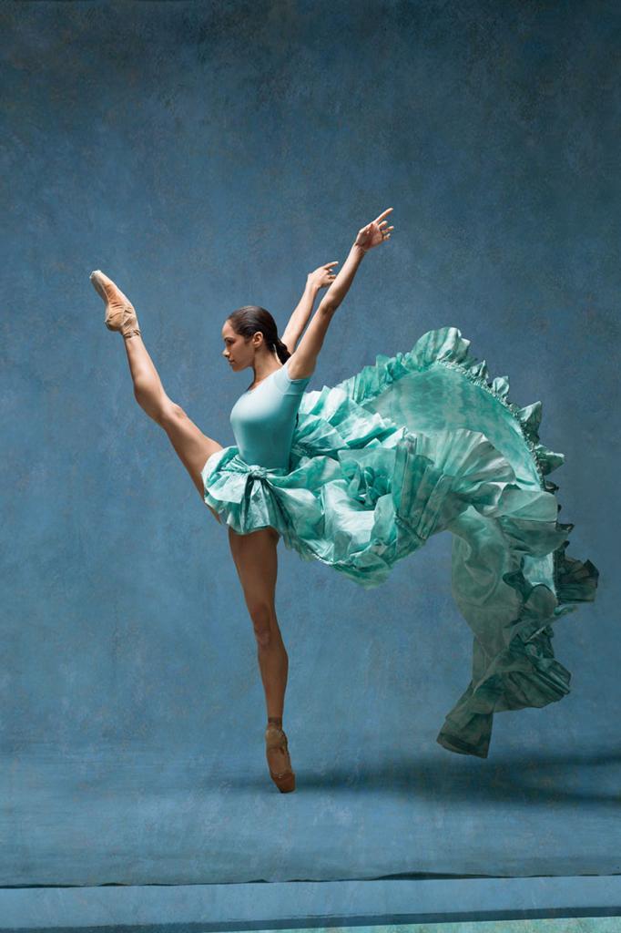 balerina-vossozdaet-kartiny-Edgara-Dega-5