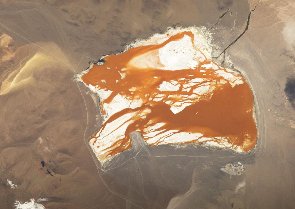 Мелководное озеро Лагуна Колорада, Боливия