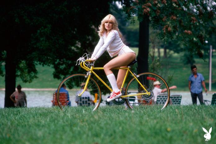 Сексуальные девушки 70-х с обложек Playboy
