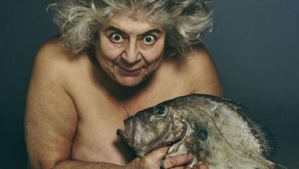 Британские знаменитости разделись ради спасения рыбы