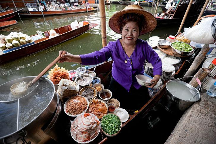 Tasting-Thailand's-Exotic-Food-In-Bangkok-Thailand