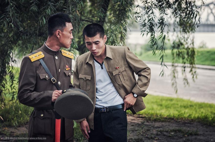 nelegalnye-fotografii-iz-severnoj-korei-quibbll-1