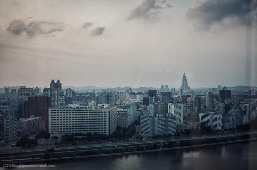 nelegalnye-fotografii-iz-severnoj-korei-quibbll-15