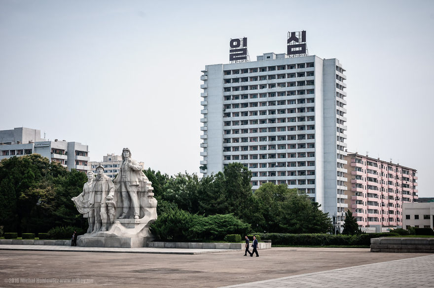 nelegalnye-fotografii-iz-severnoj-korei-quibbll-23