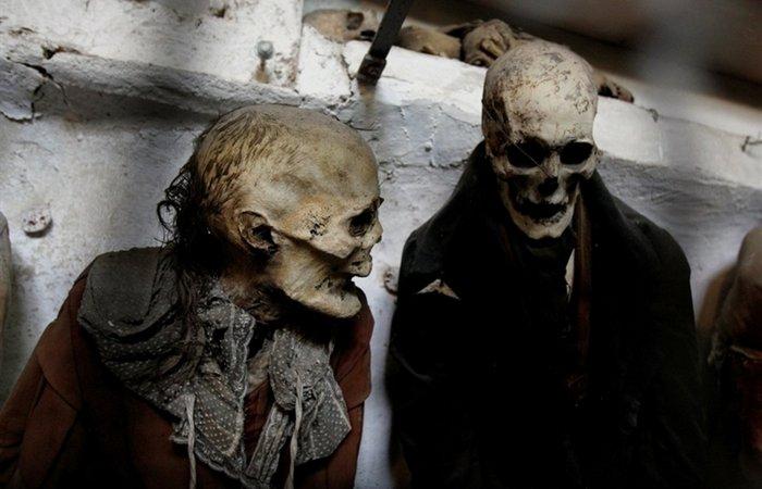 Страшнее хоррора: тысячи мумий в одном месте