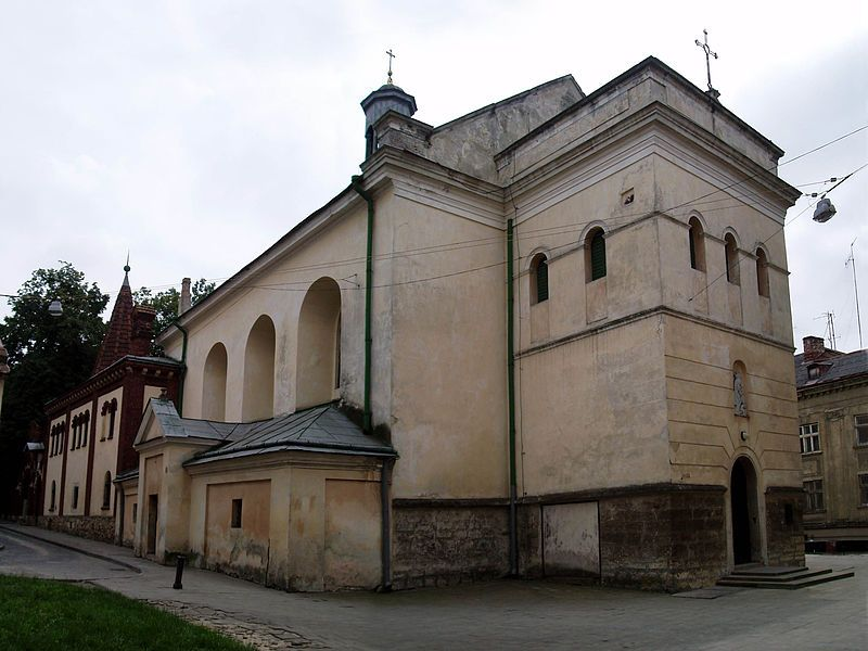 10295_800x600_800px-Church_of_Our_Lady_of_the_Snow_in_Lviv_1
