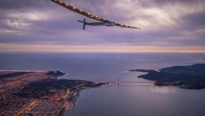 Как летает самолёт на солнечных батареях