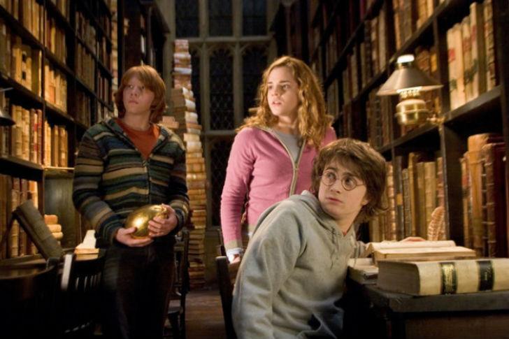 Да-и-вообще-чаще-ходили-в-библиотеку