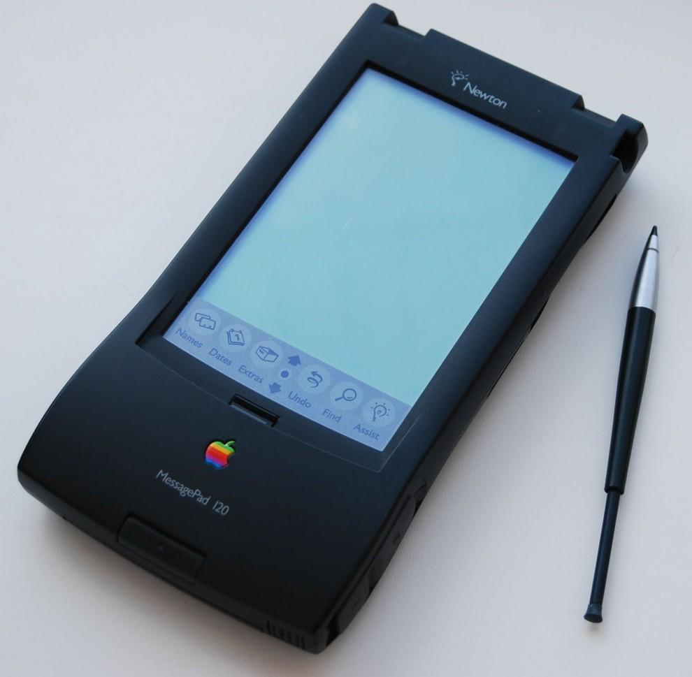 apple-4-8-990x969