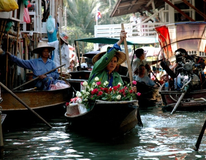 bangkok-floating-market-10