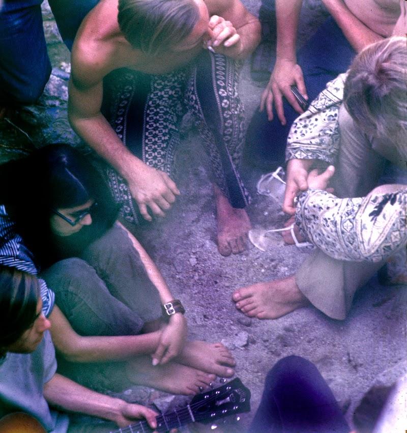 fotografii-obschiny-amerikanskih-hippi_6