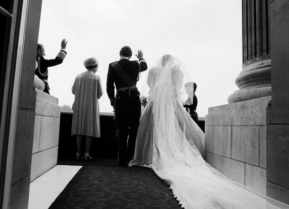 york-royals-wedding-wave111-990x715