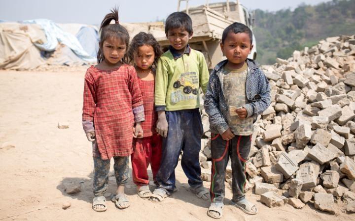 zemletryasenie-v-nepale-26-10