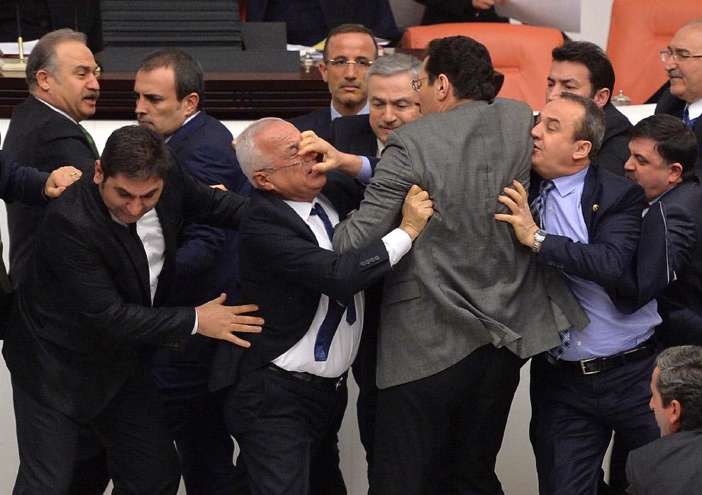 Профессиональные бои политиков