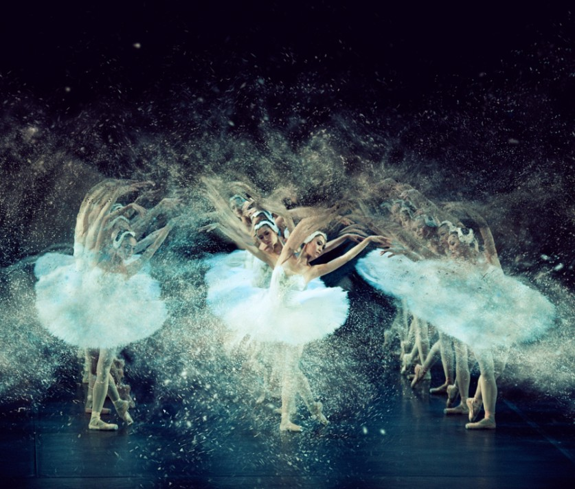 «Раствориться в движении»- танцоры в объективе Пистола Уиша