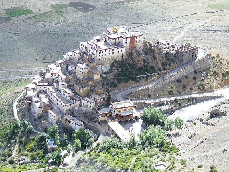 Ki-Gompa-tibetskiy-buddiyskiy-hram_9