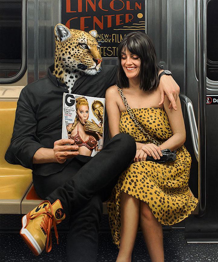 Торжество гиперреализма: пассажиры Нью-Йоркского метро под масками диких зверей