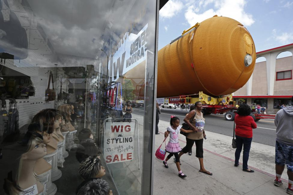 The space shuttle Endeavour's external fuel tank ET-94 makes its way to the California Science Center in Exposition Park in Los Angeles, California