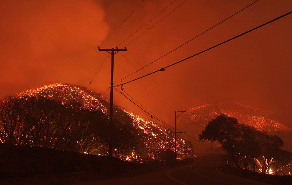 Ужасная красота пожаров в Калифорнии