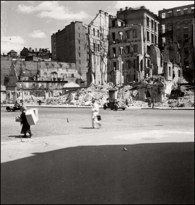 UKRAINE. 1943. Destroyed Buildings. A-UK-KIE-033