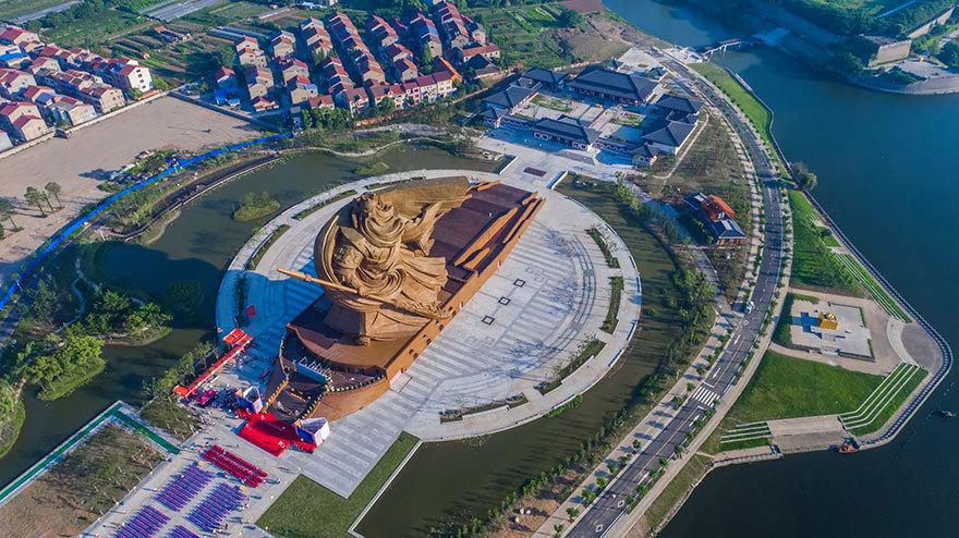 giant-war-god-statue-general-guan-yu-sculpture-china-3
