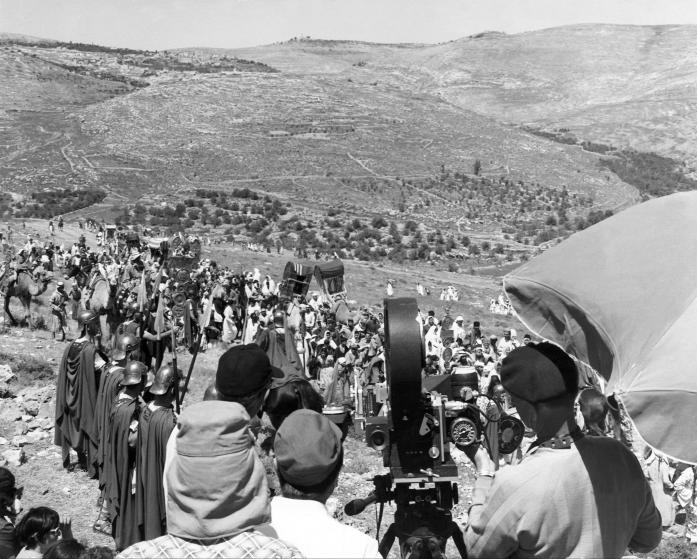 On April 11, 1958, Extras And Film Technicians From The Film Ben Hur By William Wyler, Are Gathered On A Hill Near Jerusalem To Film.