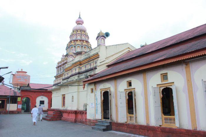 Shani-Shingnapur-doors-5