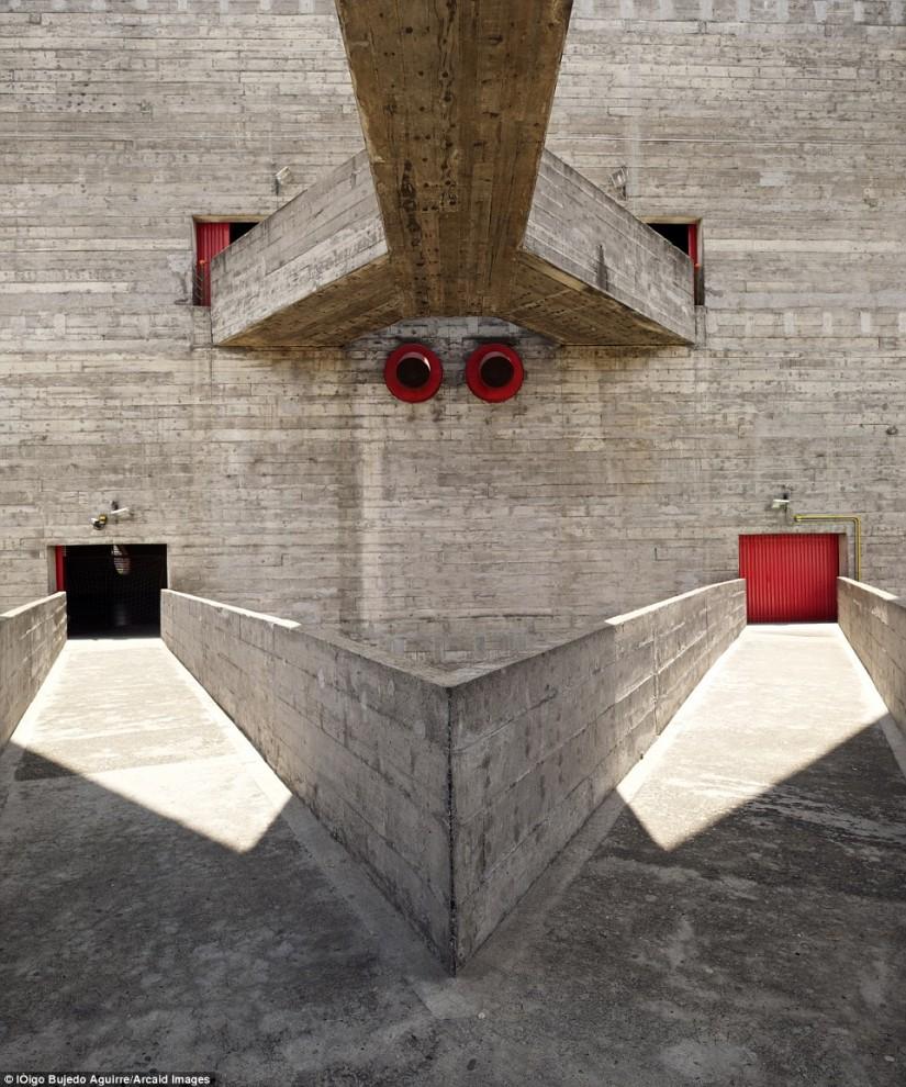 arhitektura-28-13-825x990