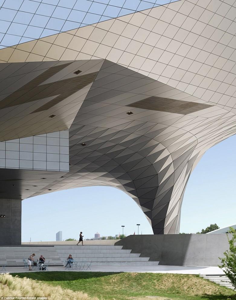 arhitektura-28-14-781x990