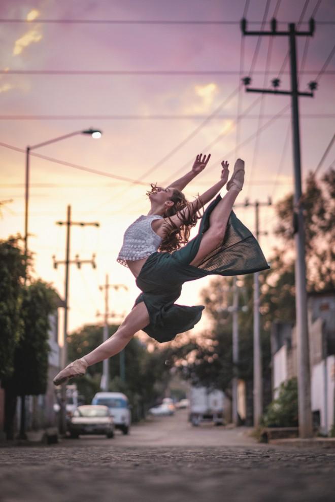 baleriny-na-ulicah-28-4-660x990