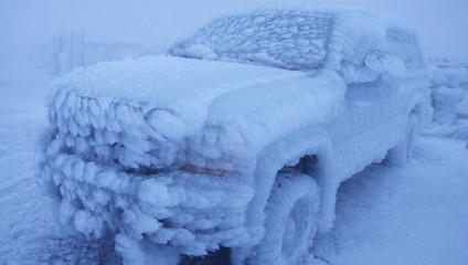 Как мороз превращает автомобили в предметы искусства
