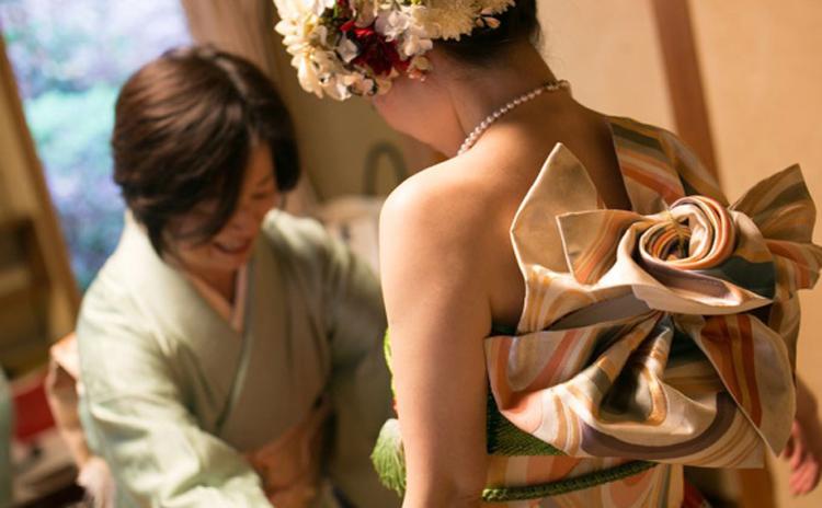 japonskie-svadebnye-platya-29-8