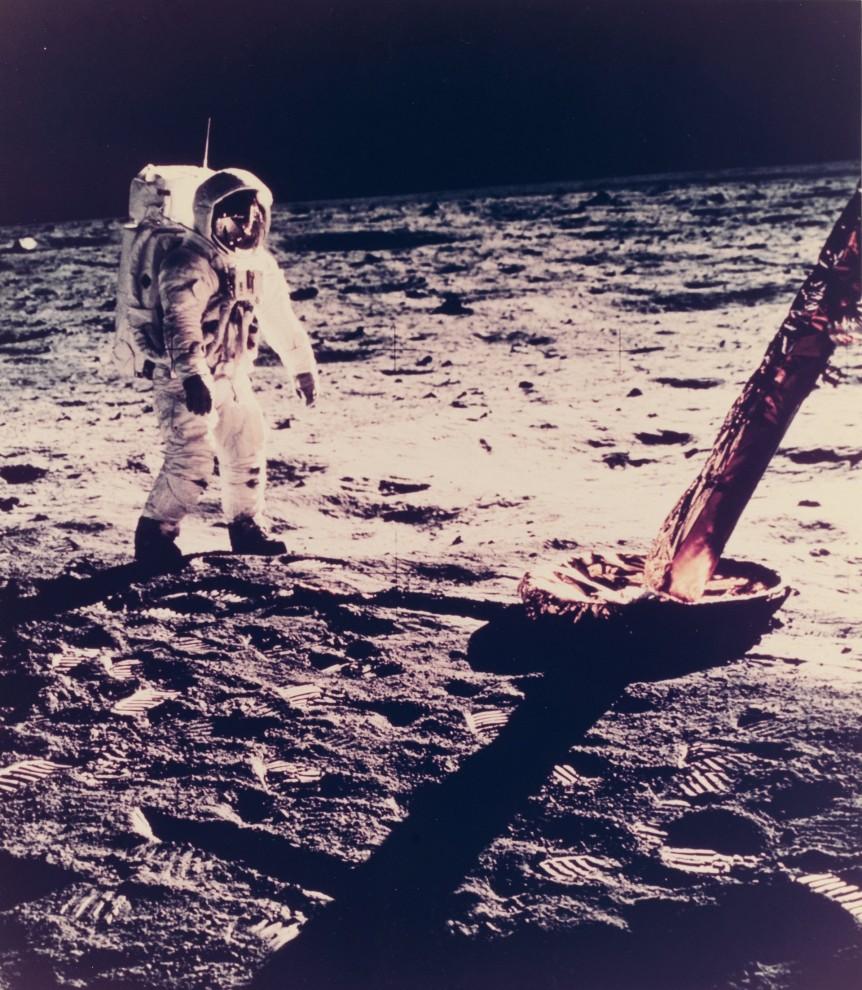 astronavty-31-7-862x990